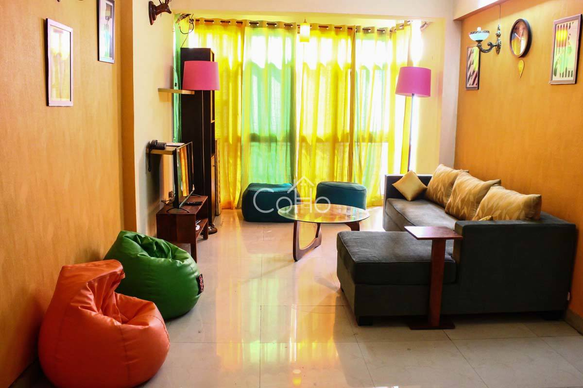 Apartment -  in Noida
