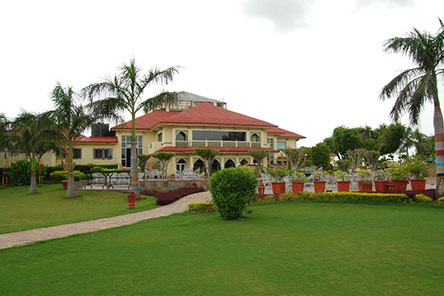 Shiva Oasis Spa Resort