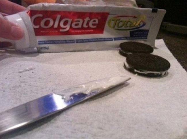 cool-gif-prank-toothpaste-Oreo