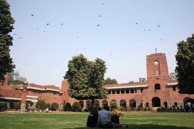 Delhi-university-CoHo-1