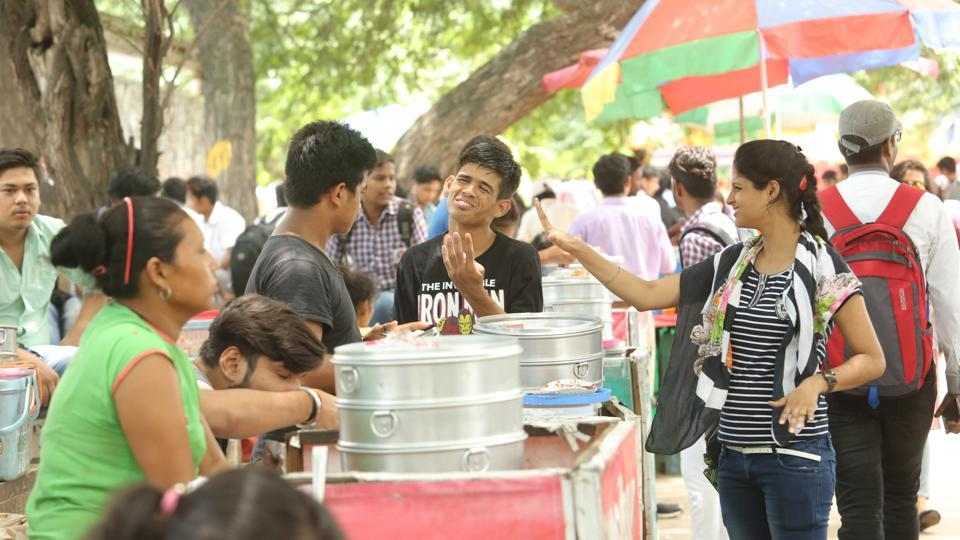 Momos-North-Campus-Delhi-coho