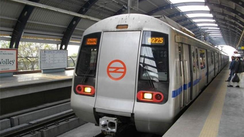 37324-delhi-metro-pti